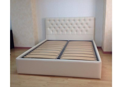 Bed Victoria with Storage
