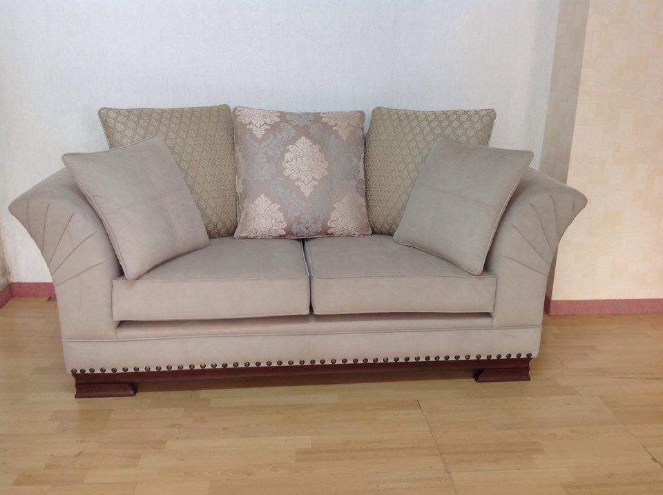 Natali Classic Sofa 2 Seats