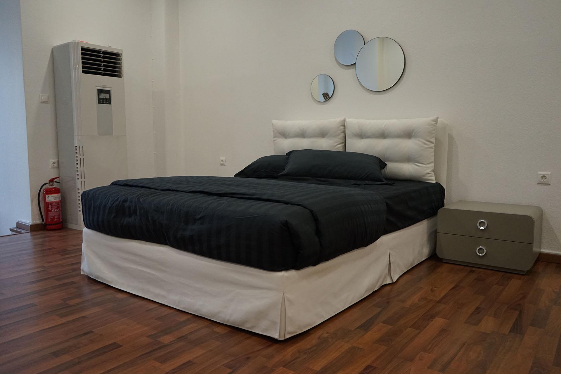 Bed Monet